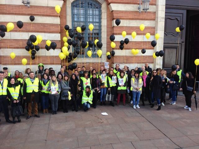 Les salariés de SoLocal-Pages Jaunes mobilisés contre des suppressions de postes