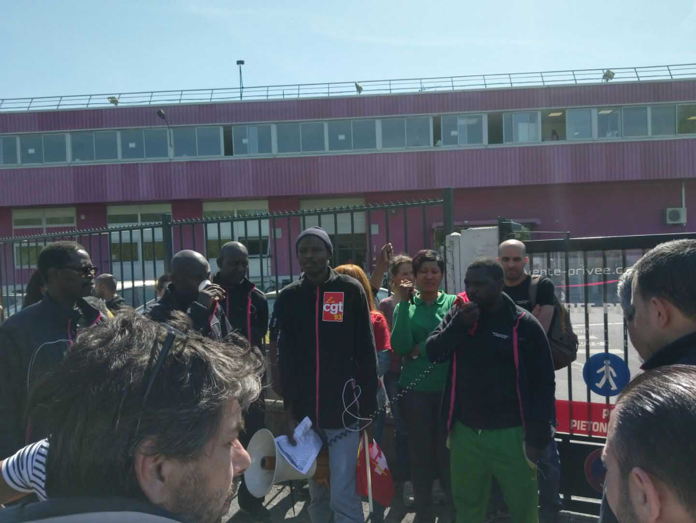 Les salariés de Vente-privee en grève pour leur prime de participation