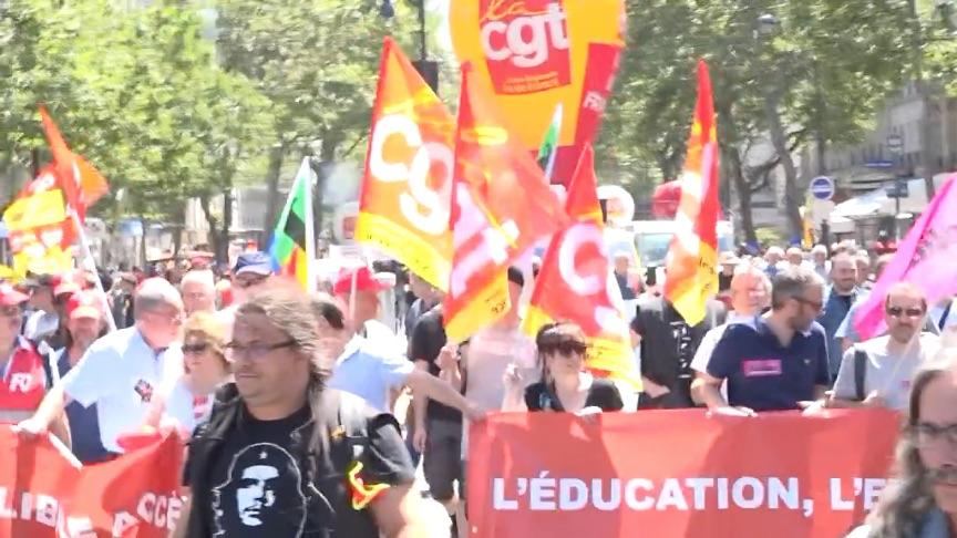 Manifestation interprofessionnelle pour la défense des étudiants, travailleurs, chômeurs et retraités, à l'appel des syndicats CGT, FO, Unef, UNL, FIDL, à Paris le 28 juin 2018