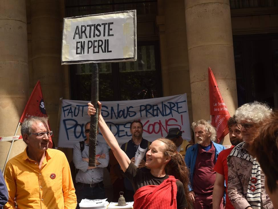 Inquiétude et colère des artistes-auteurs face à la réforme