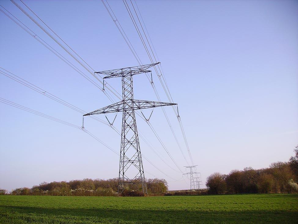 Les énergéticiens défendent le service public