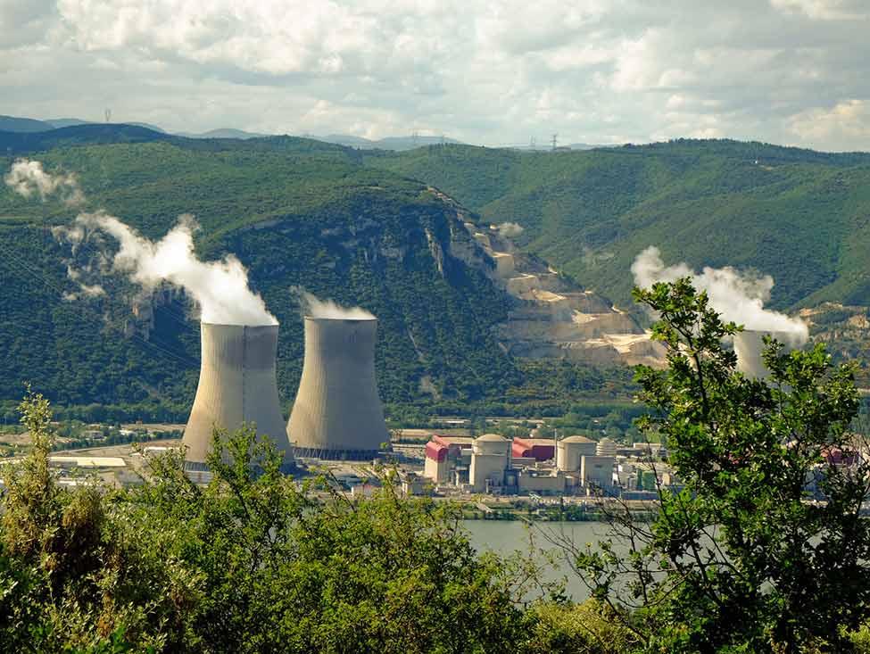 33 recommandations pour la sûreté et la sécurité nucléaires, et après ?