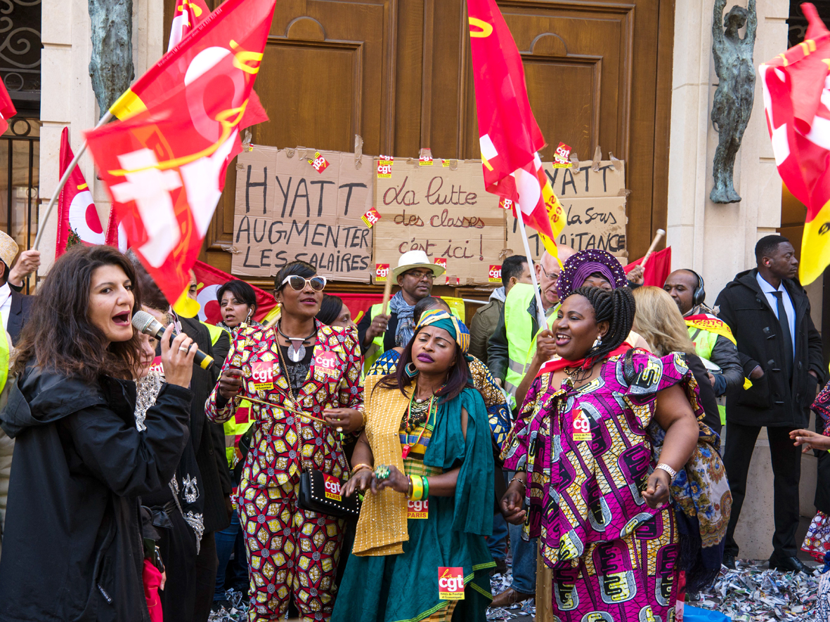 En grève, les salariés CGT du palace Park Hyatt Vendôme haussent le ton