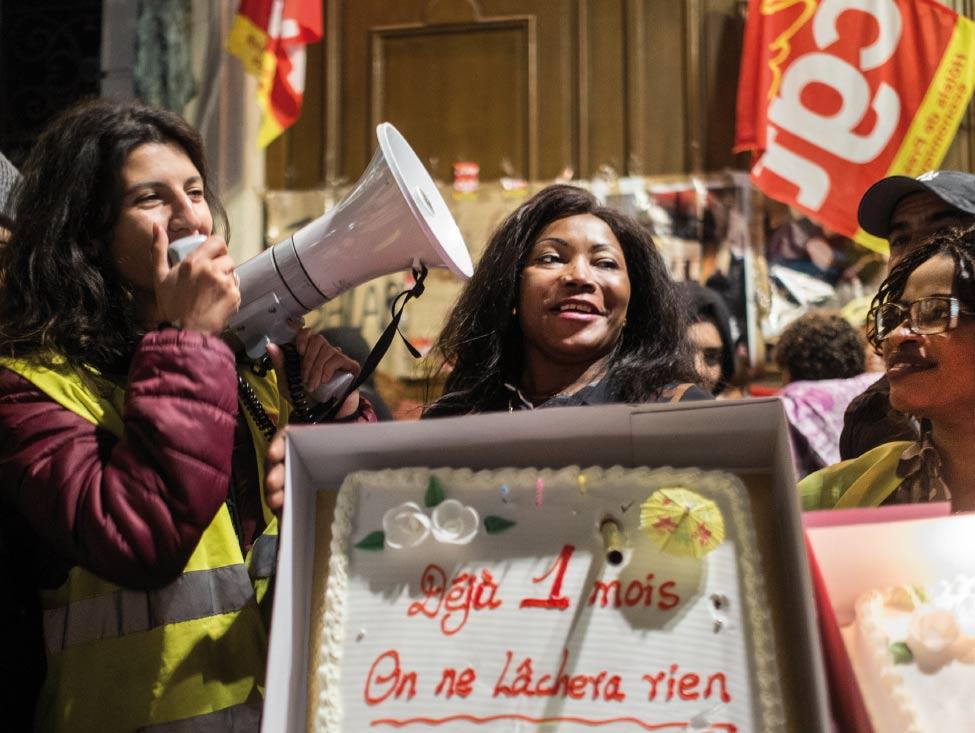Park Hyatt Vendôme : les employés célèbrent un mois de grève