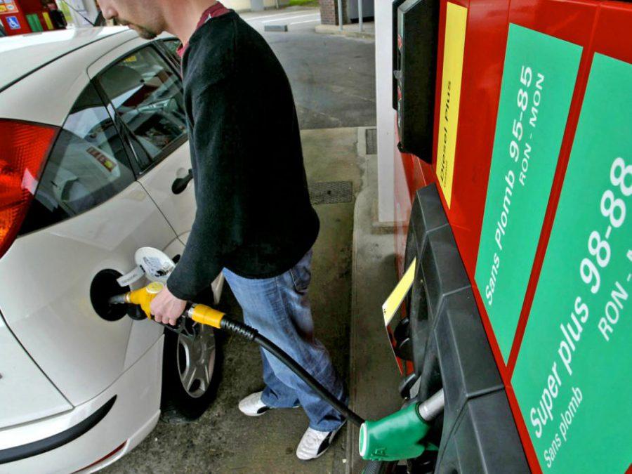 Prix des carburants : le mouvement du 17 novembre interpelle les syndicats