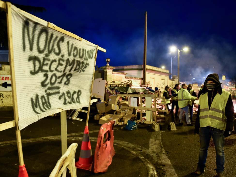 Crise sociale et politique des gilets jaunes : tous les voyants sont au rouge
