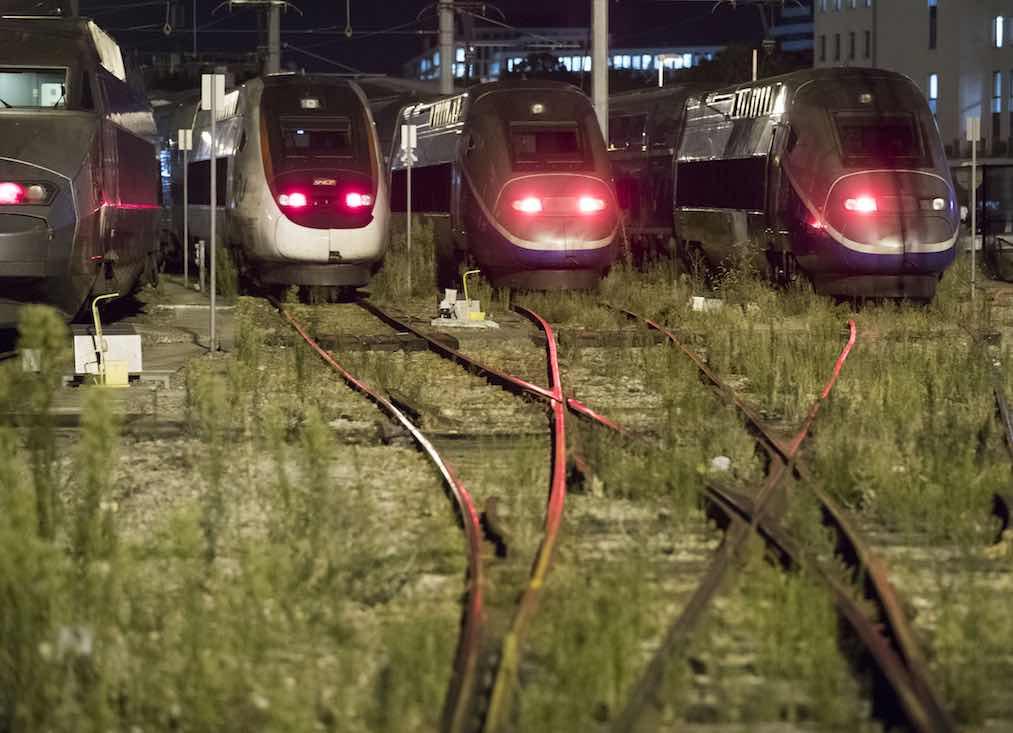 Les syndicats de la SNCF dénoncent le versement de primes à des non-grévistes