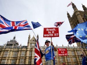 Face au chaos du Brexit, le principal syndicat britannique réclame des élections anticipées