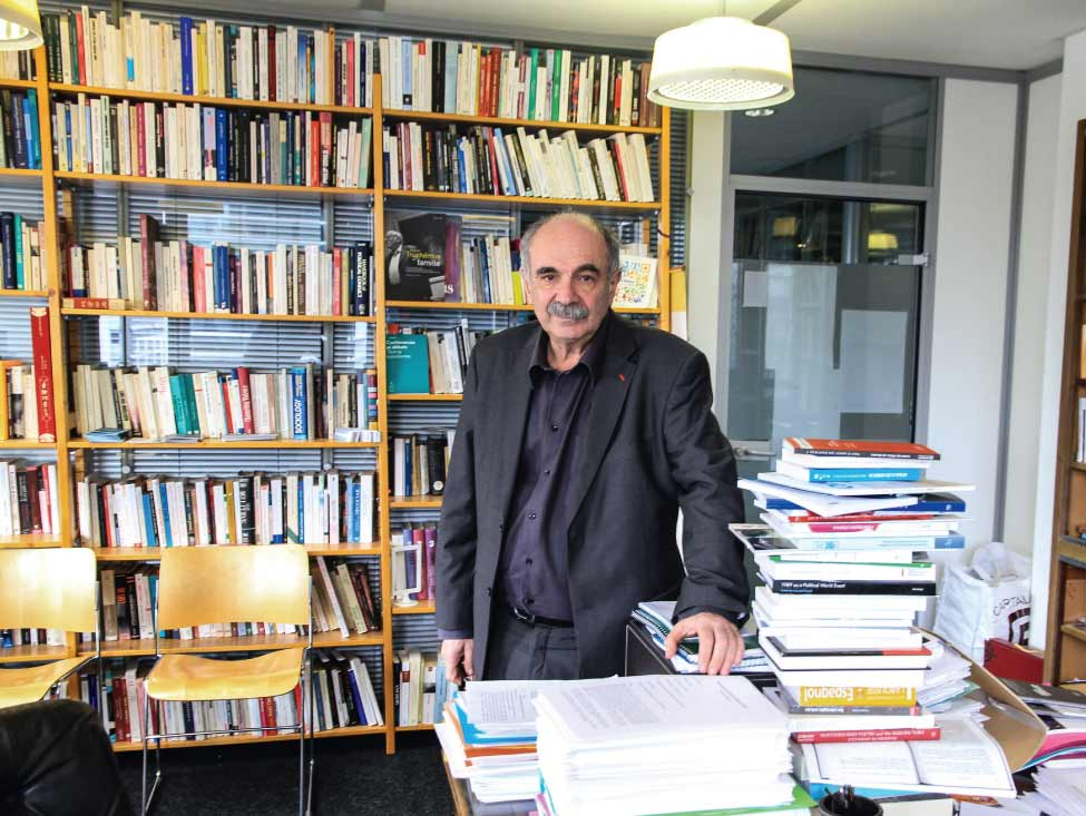Michel Wieviorka : « les questions sociales sont sorties de l'entreprise »
