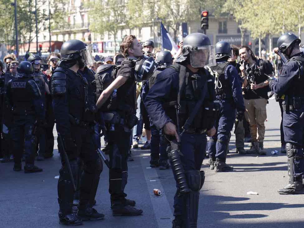 Acte XXIII des Gilets jaunes : la police violente et arrête des journalistes
