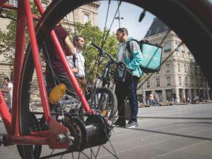 Contre la précarité, les livreurs à vélo se regroupent