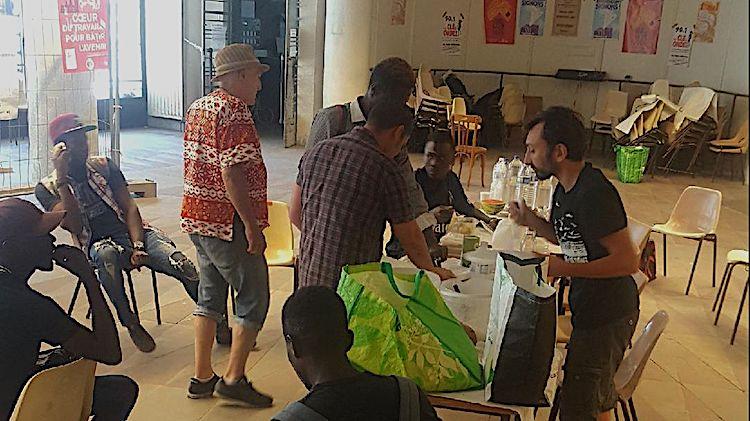 Bordeaux : la mobilisation impose des hébergements décents pour les demandeurs d'asile