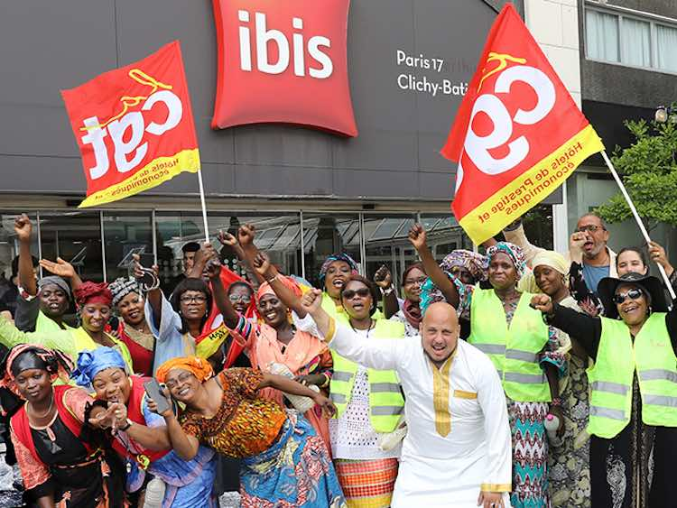 Ibis Batignolles : les femmes de chambre «déterminées» poursuivent leur grève